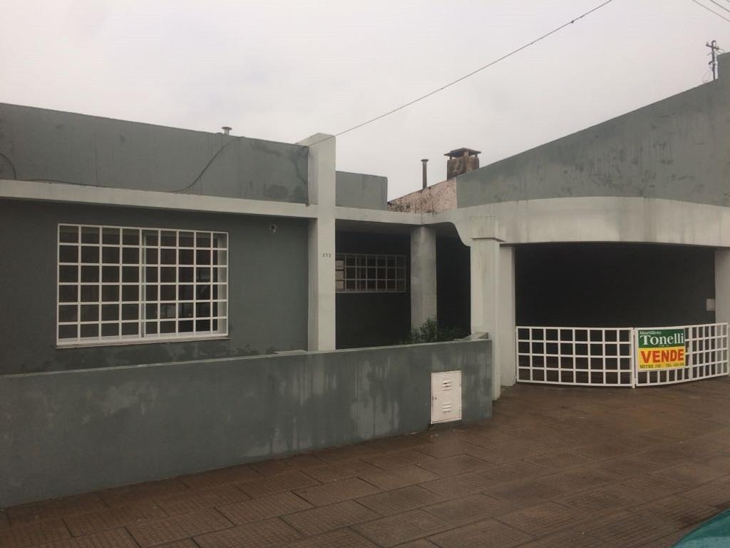 Excelente Ubicación a tres cuadras de Calle Mitre, cuatro de Barrancas y dos de Plaza constitución