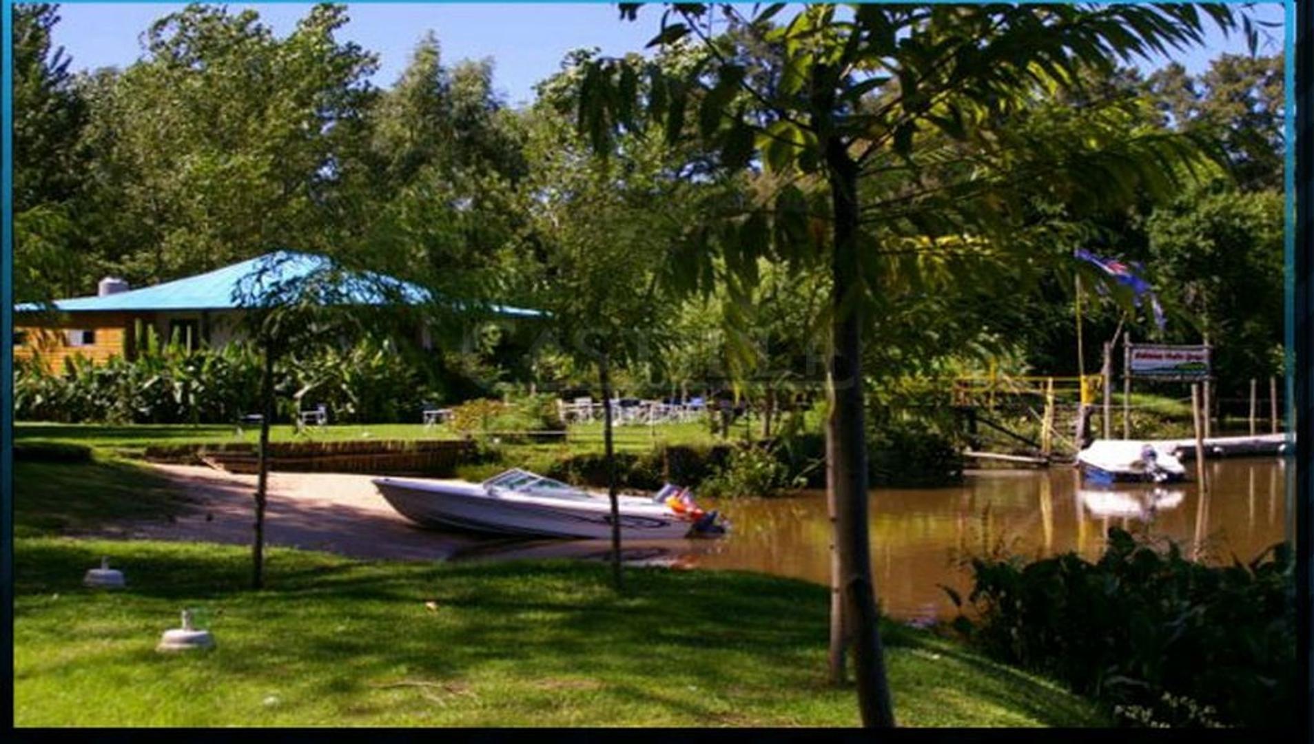 Venta de complejo turístico sobre Río Carabelas a metros del