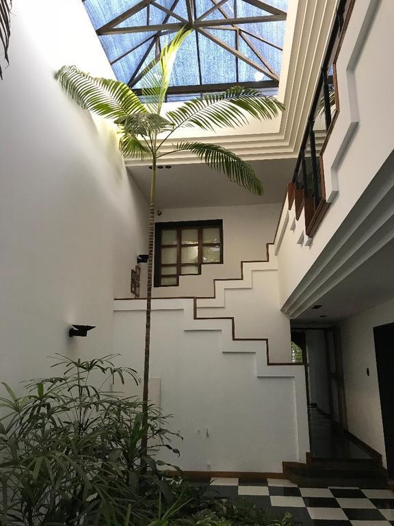 Venta casa 4 dormitorios Tucuman 3700