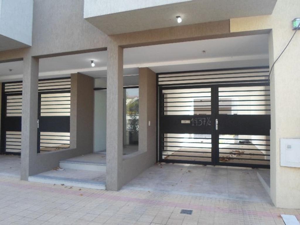 Duplex a estrenar - aptos banco - cochera y fondo -
