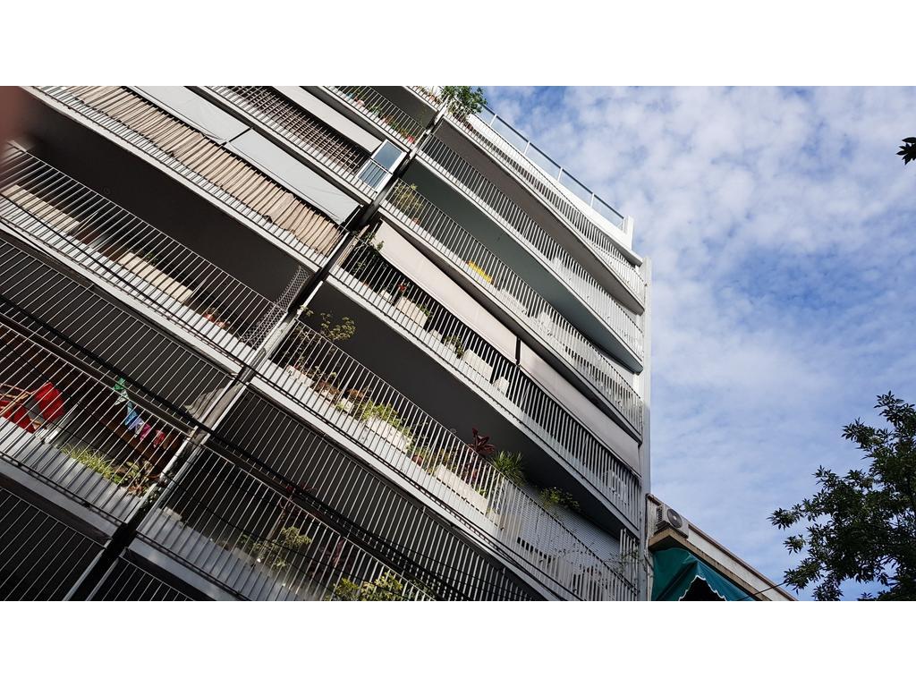 Impecable departamento tipo Loft en duplex de 90 m2 con cochera fija