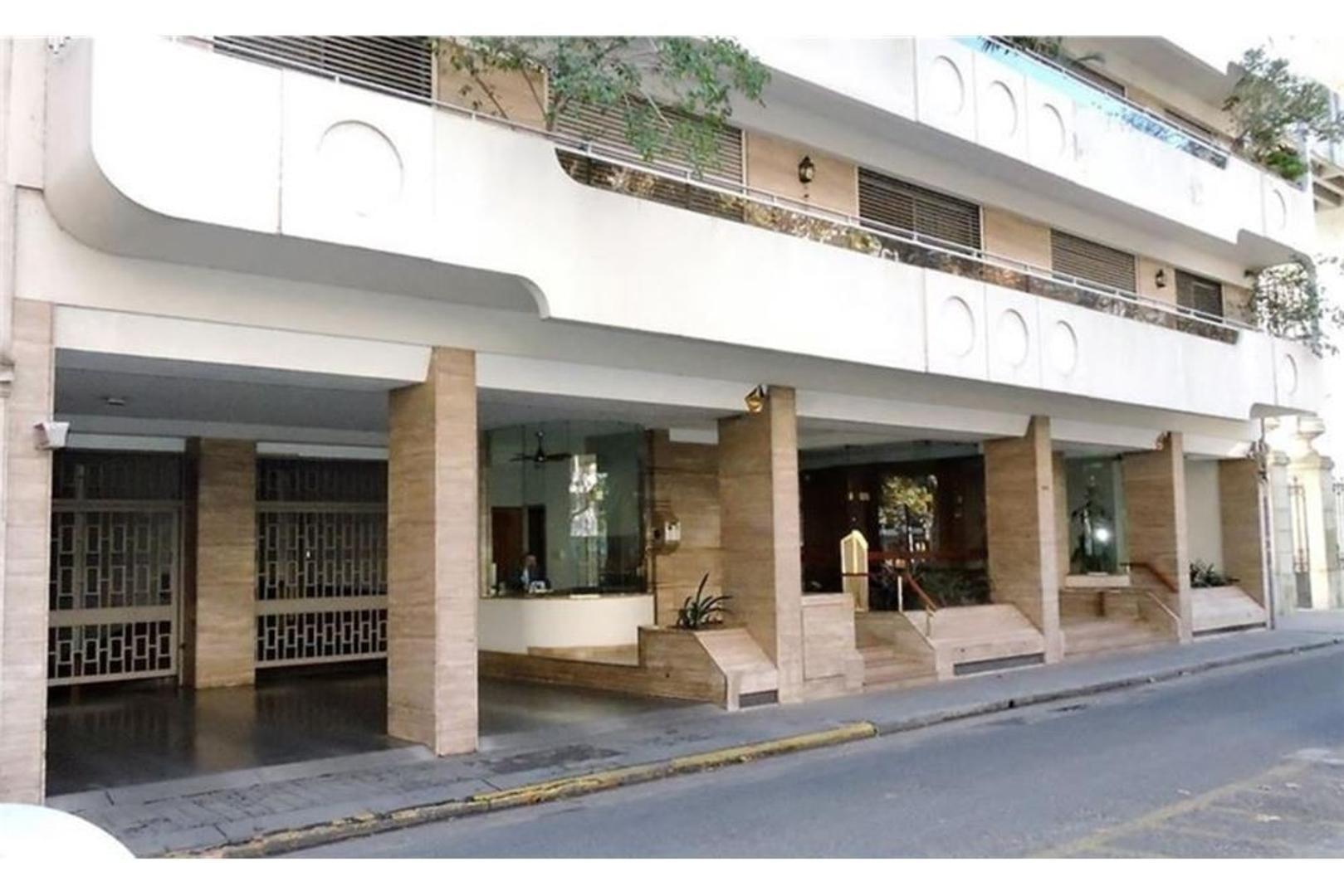 Departamento Premium 5 dormitorios. Plaza Pringles
