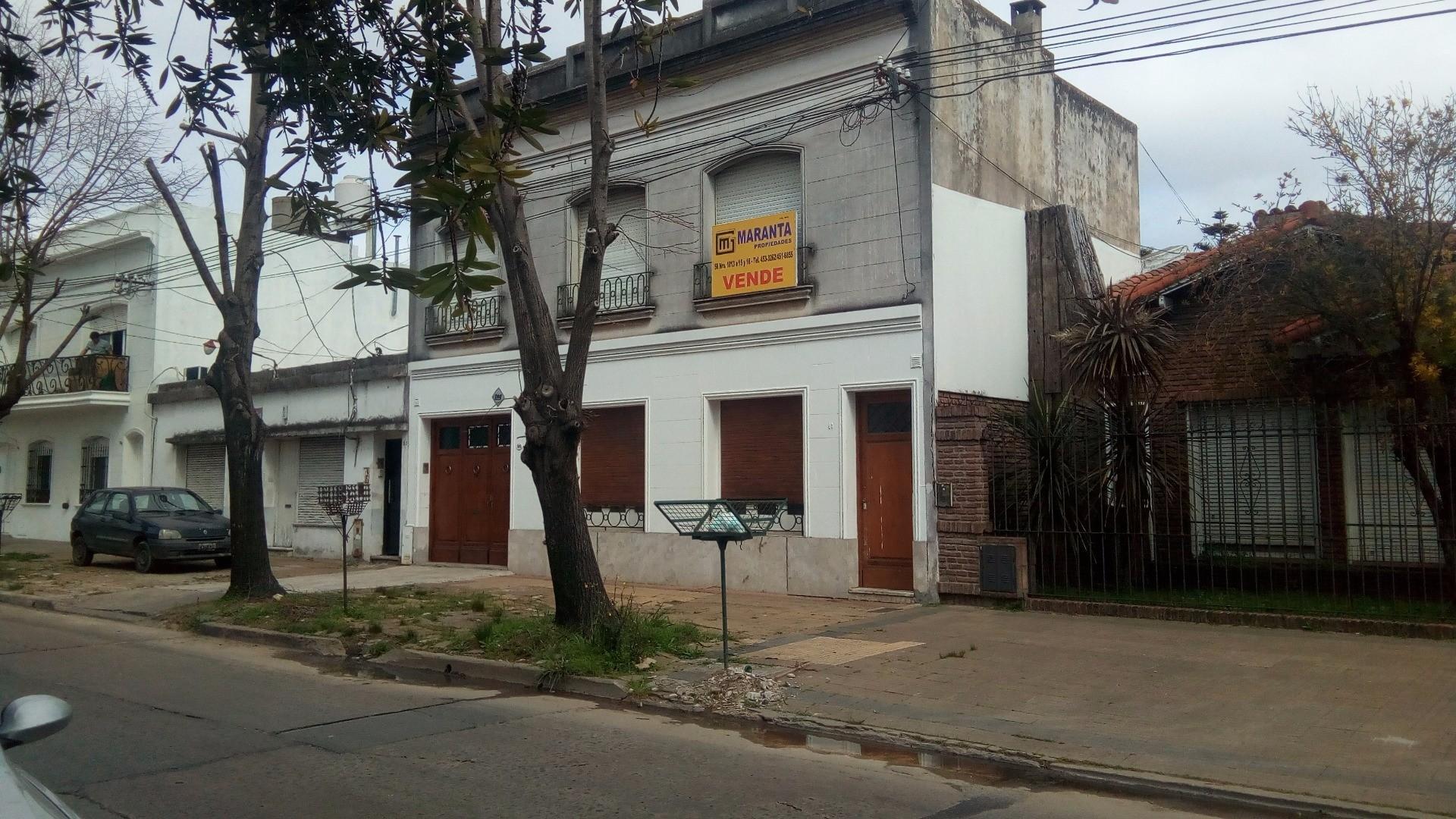 CASA EN PLANTA ALTA AL FRENTE DE DOS DORMITORIOS