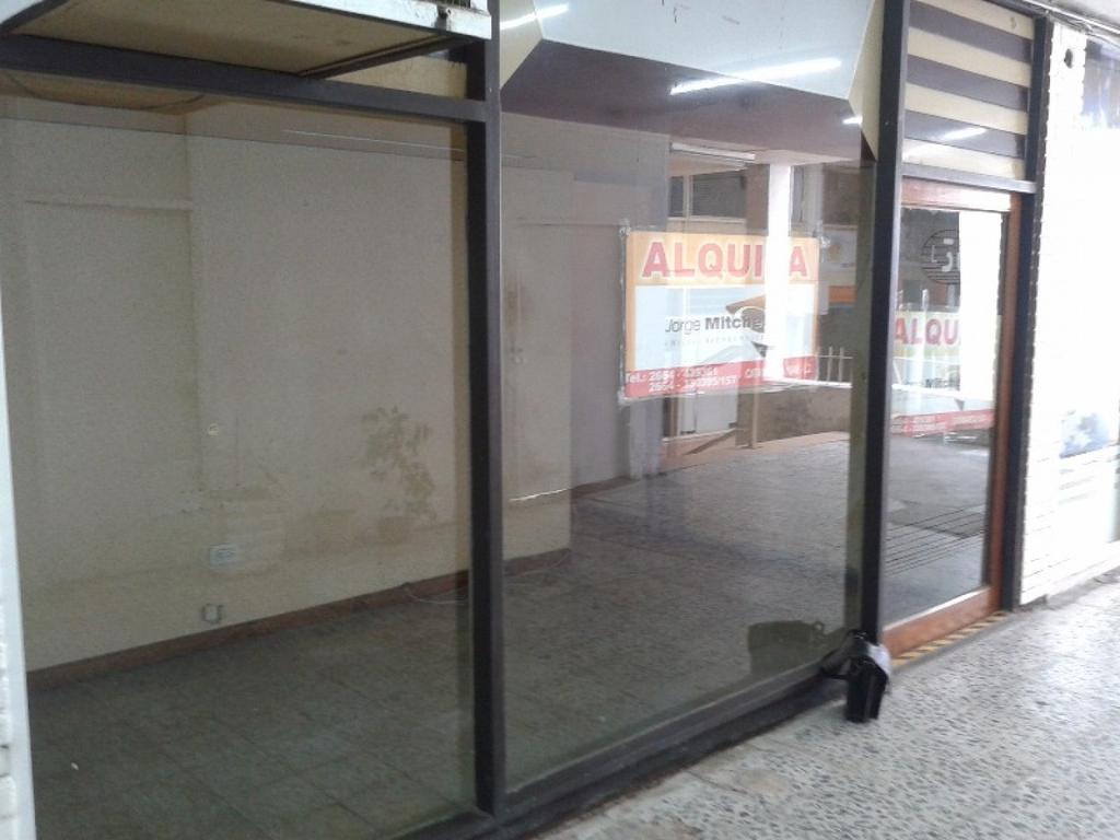 Local en Alquiler en Galeria SANANES