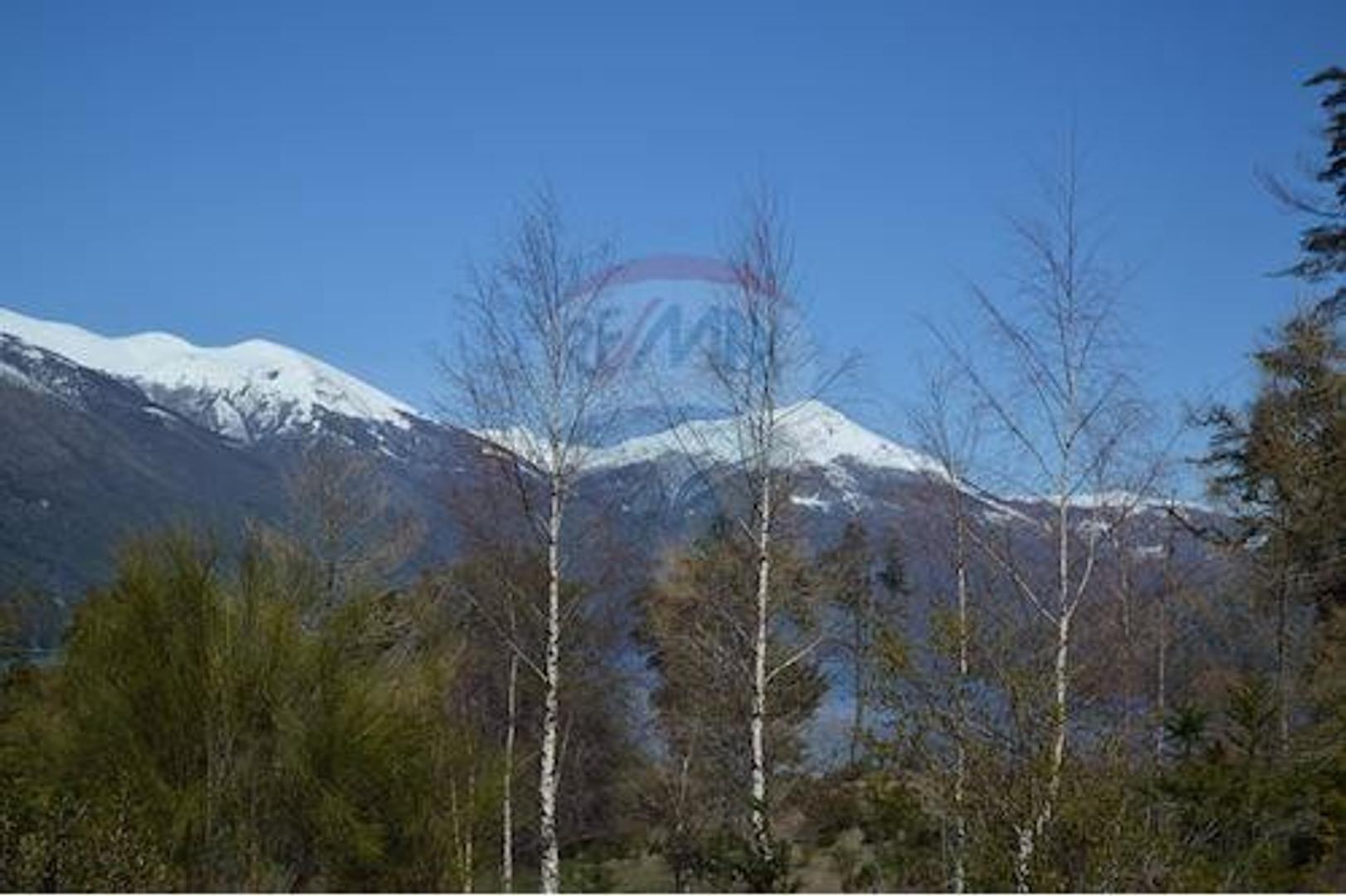 Lote con increibles vistas al Lago Gutierrez