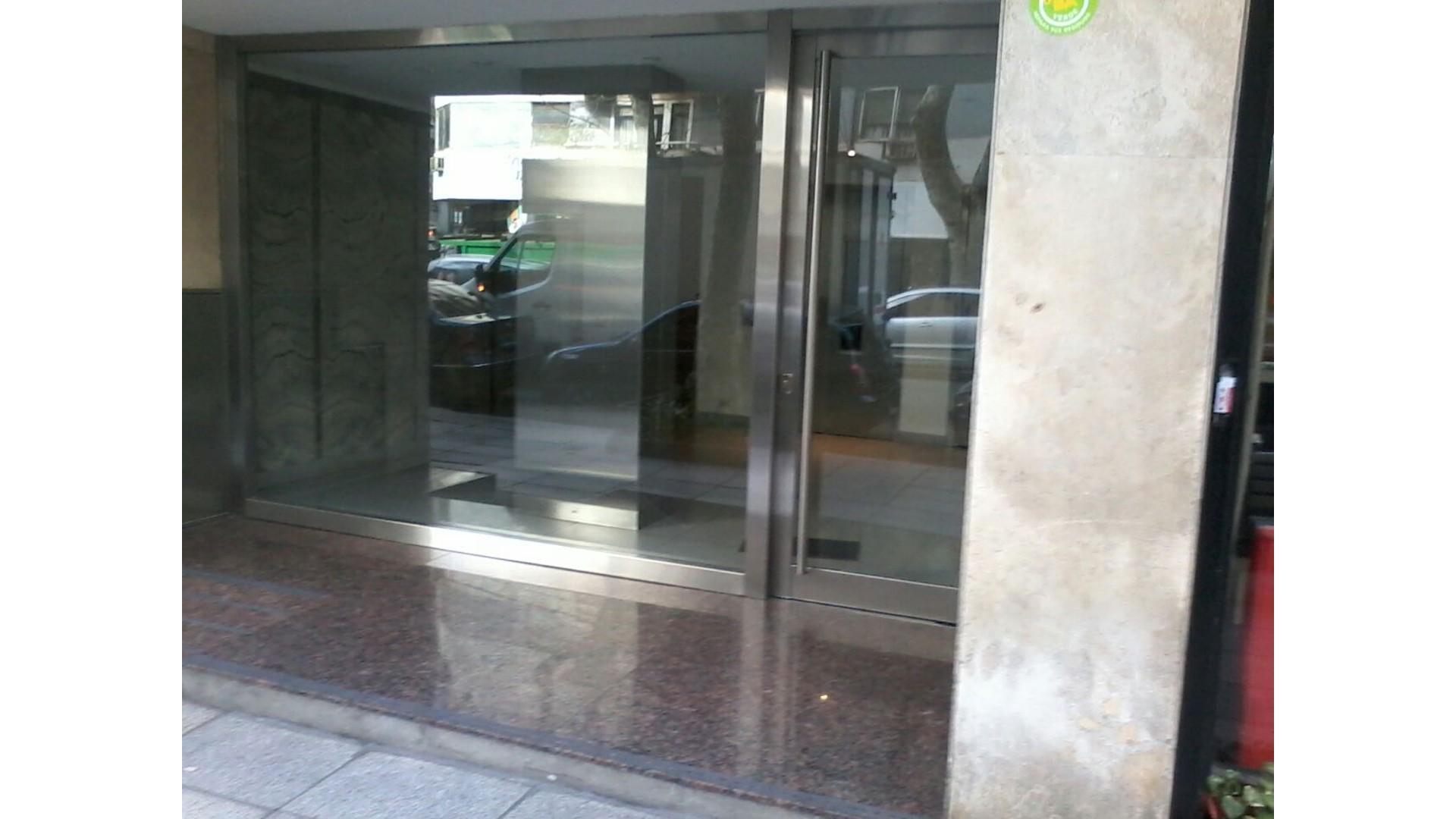 *** RESERVADO *** 2 ambientes en venta - Berutti 3700 2º - PALERMO