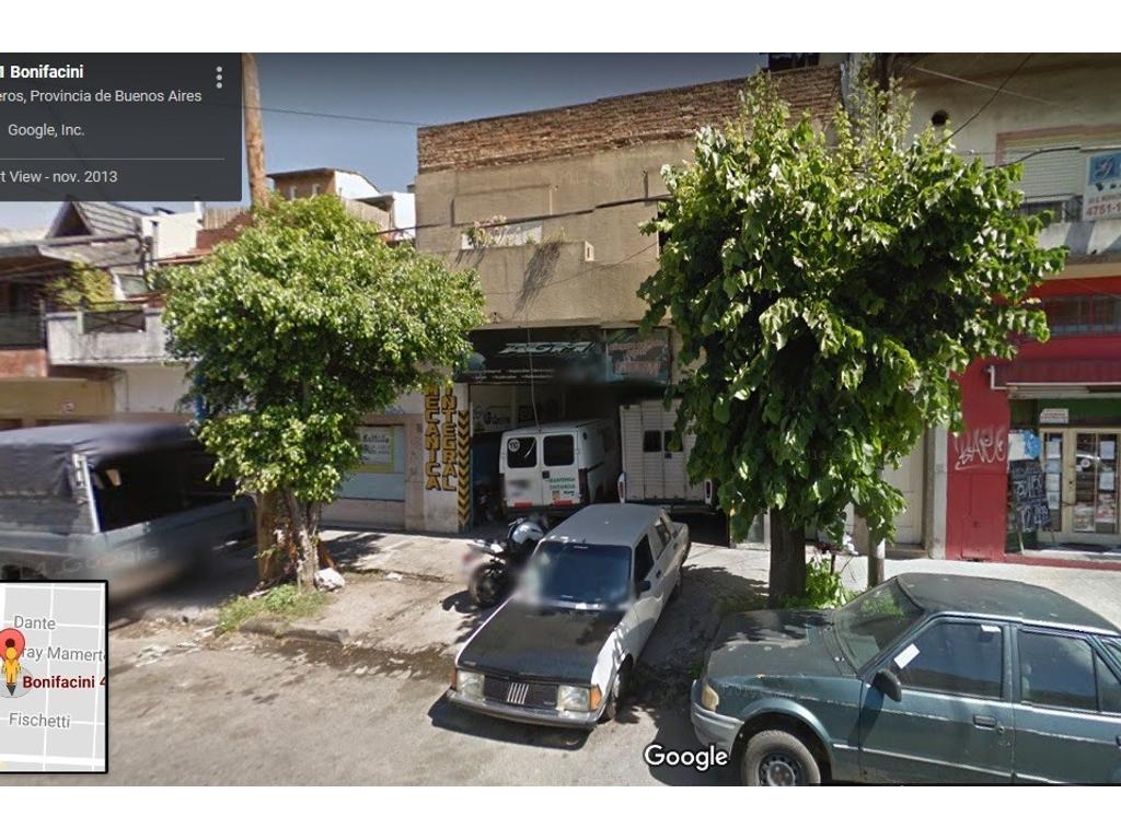 Local con fuerza motriz; de altura optima, sobre Bonifacini a metros de Av San Martin