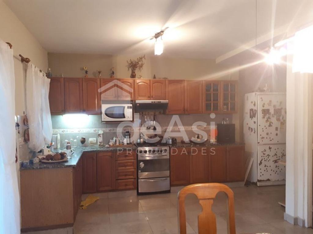 XINTEL(MDA-MDA-771) Casa - Venta - Argentina, La Plata - 115 bis 100