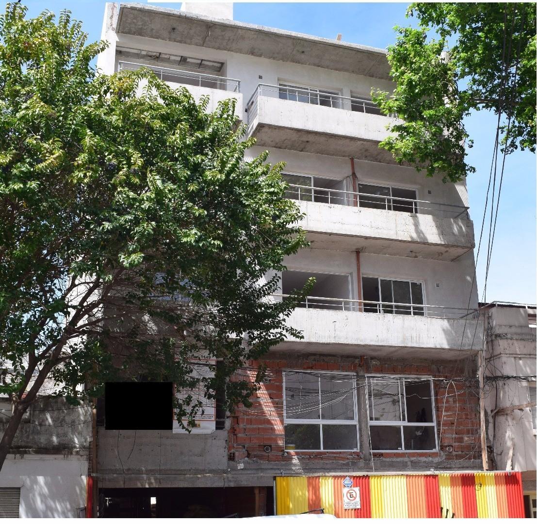Dto 1 dormitorio Richieri 1149, Frente balcón