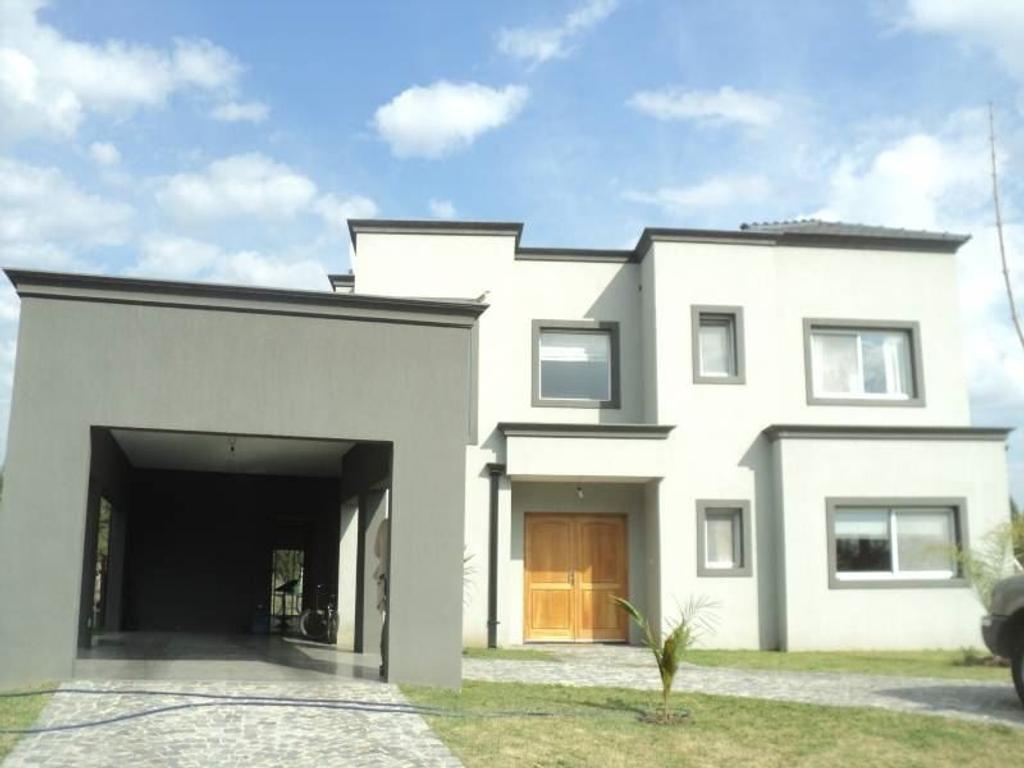 Casa en venta en Santa Catalina , Villa Nueva