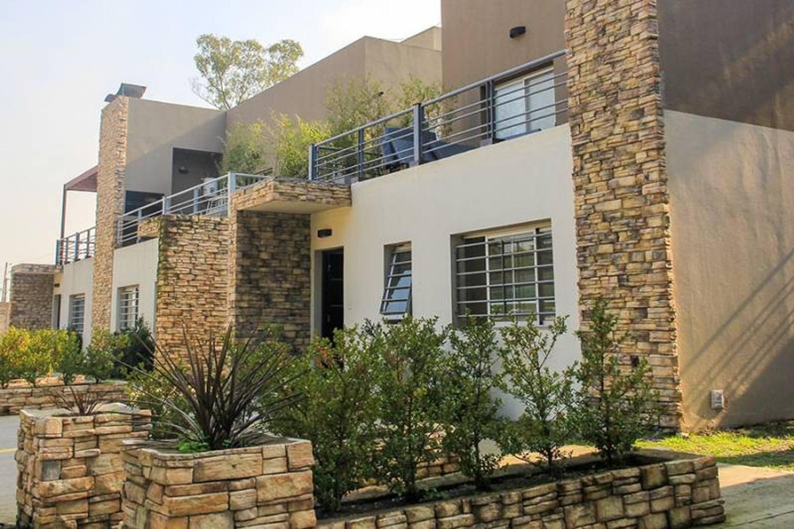 3 ambientes c/cochera en barrio cerrado con amenities