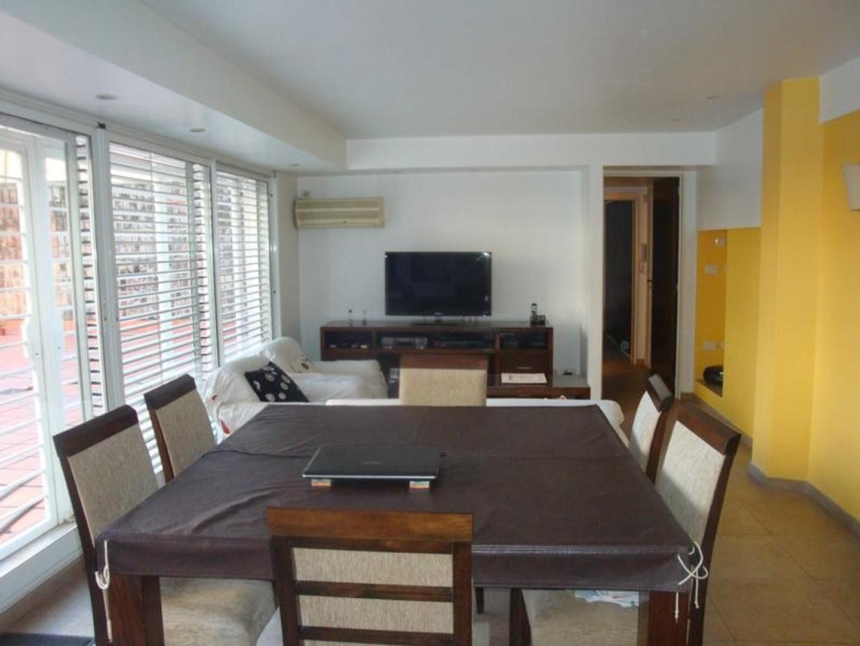 Departamento 4 amb - Av San Juan 4300 -Caballito