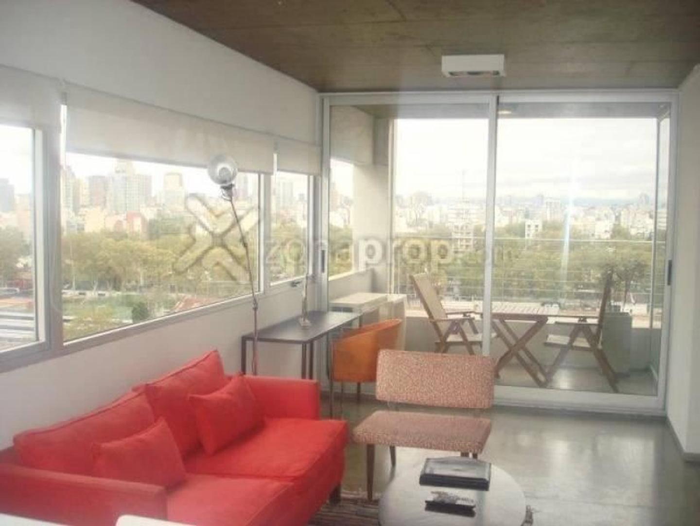 Excelente tres ambientes con cochera en Torre en Palermo Hollywood