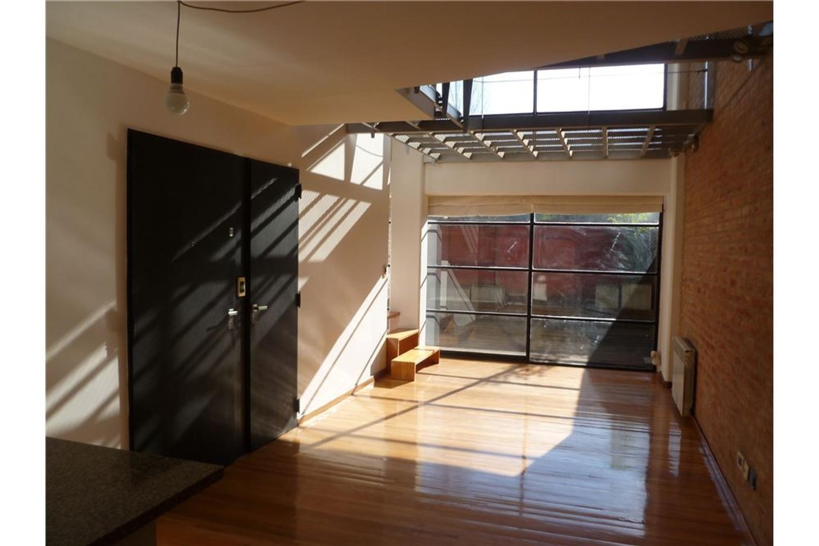 Oficina tipo loft en duplex + coch. Todo luz!!!