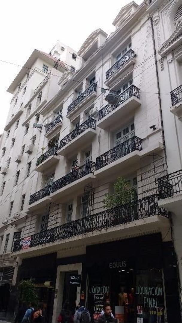 Lavalle al 700, lindo edificio Francés!