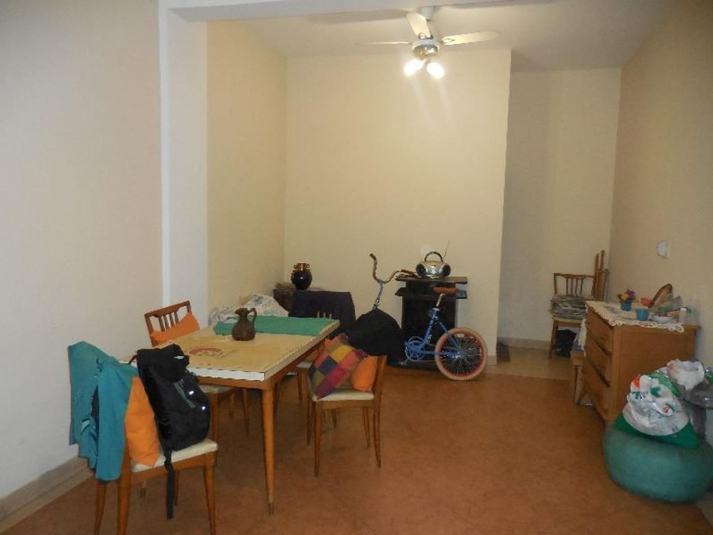 Casa - 300 m² | 4 dormitorios | 30 años