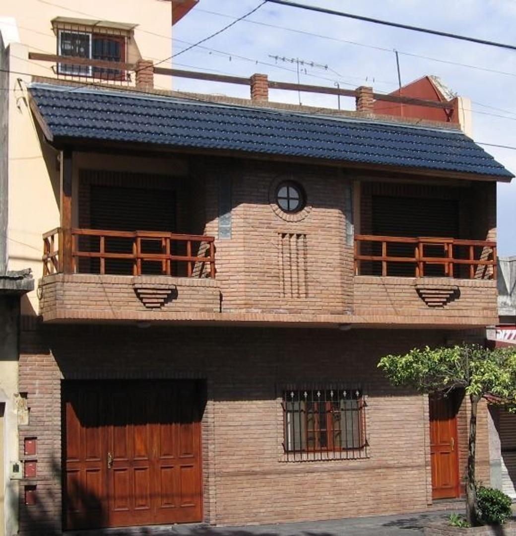 Casa en Venta en Villa Lugano - 6 ambientes