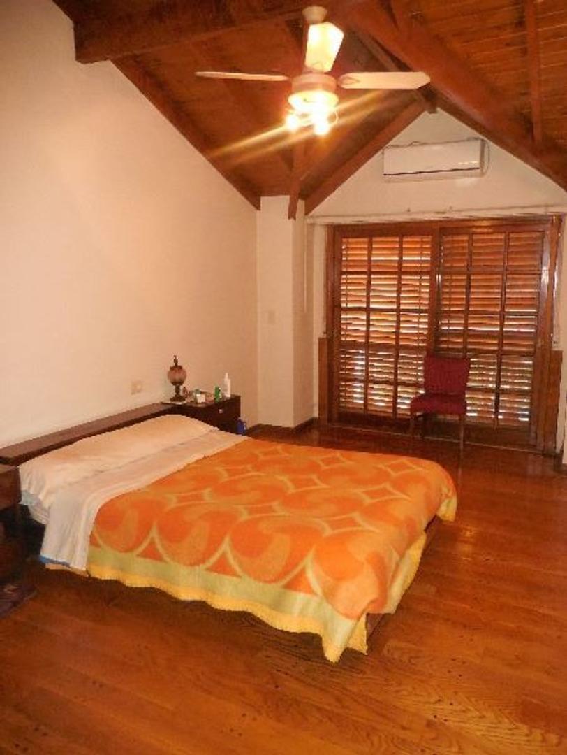 Casa en Villa Lugano con 4 habitaciones