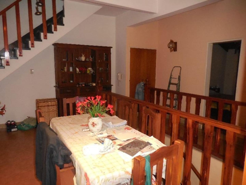 Casa en Venta - 6 ambientes - USD 350.000