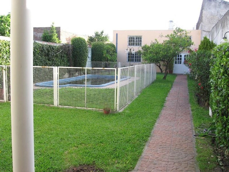 CASA DE 6 AMBIENTES EN EXCELENTE ESTADO - Foto 19