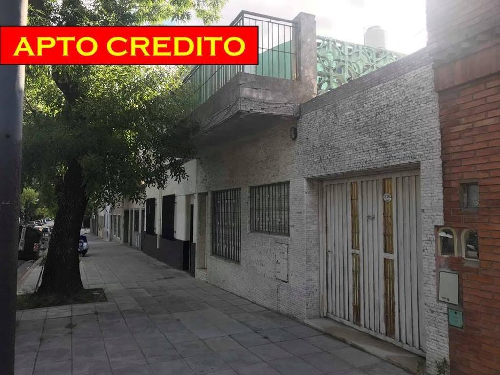 CASA APTO CREDITO, 4 AMBIENTES, GARAGE, PATIO Y TERRAZA