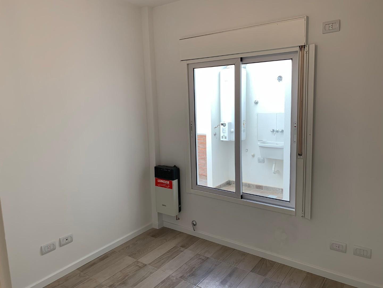 Departamento tipo casa, 3 ambientes con cochera, patio y terraza! SIN COMISIÓN  - Foto 22