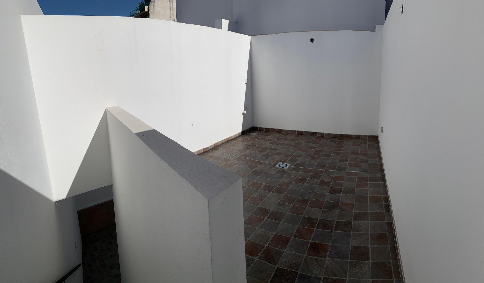 Departamento tipo casa, 3 ambientes con cochera, patio y terraza! SIN COMISIÓN  - Foto 17