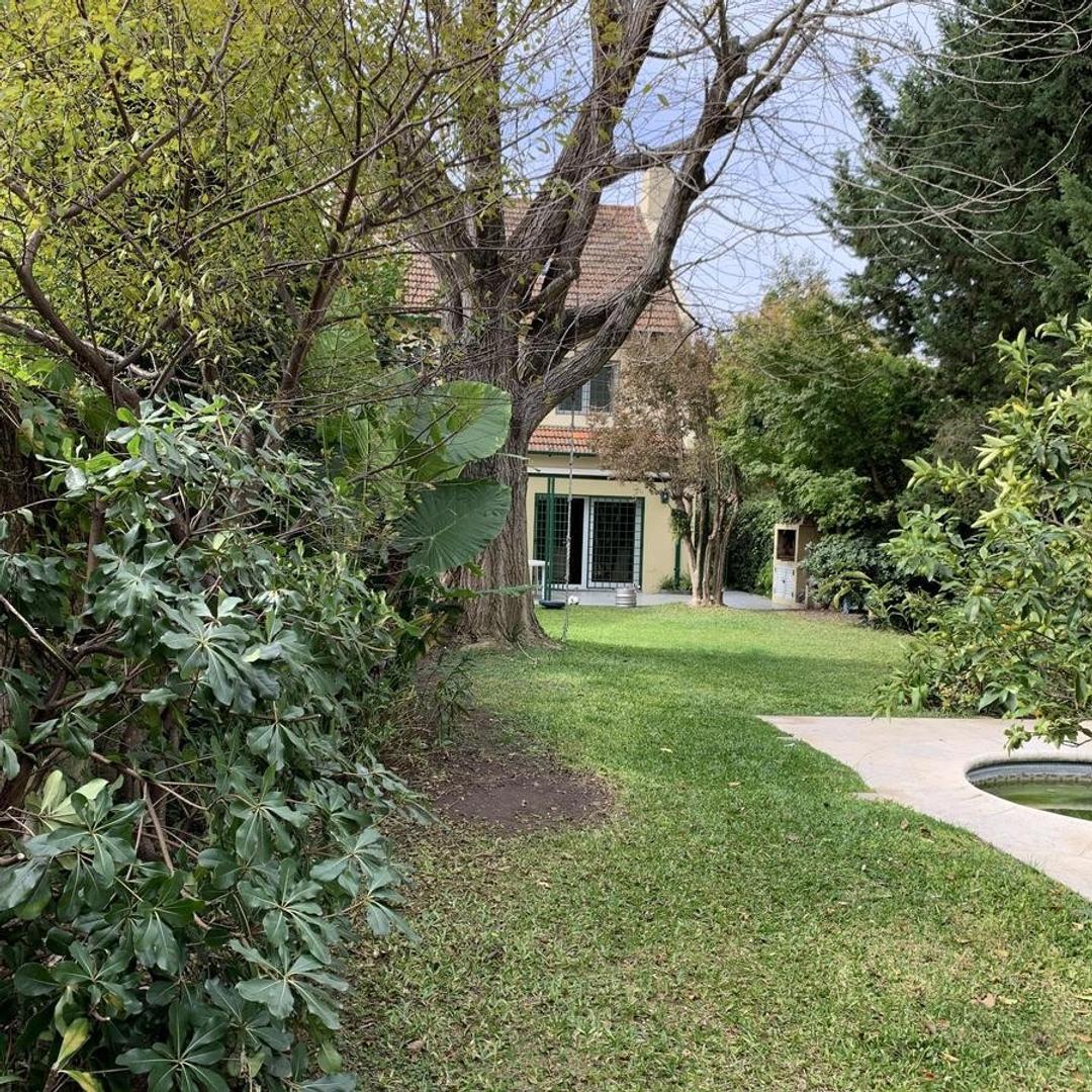 Impecable casa en muy buena zona, de 20 años de antiguedad. - Foto 32