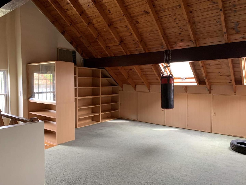 Impecable casa en muy buena zona, de 20 años de antiguedad. - Foto 25