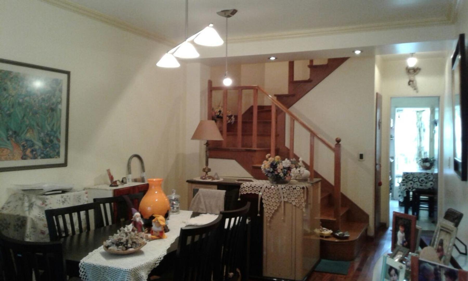 Triplex de 5 amb de 145 m2 en Olivos