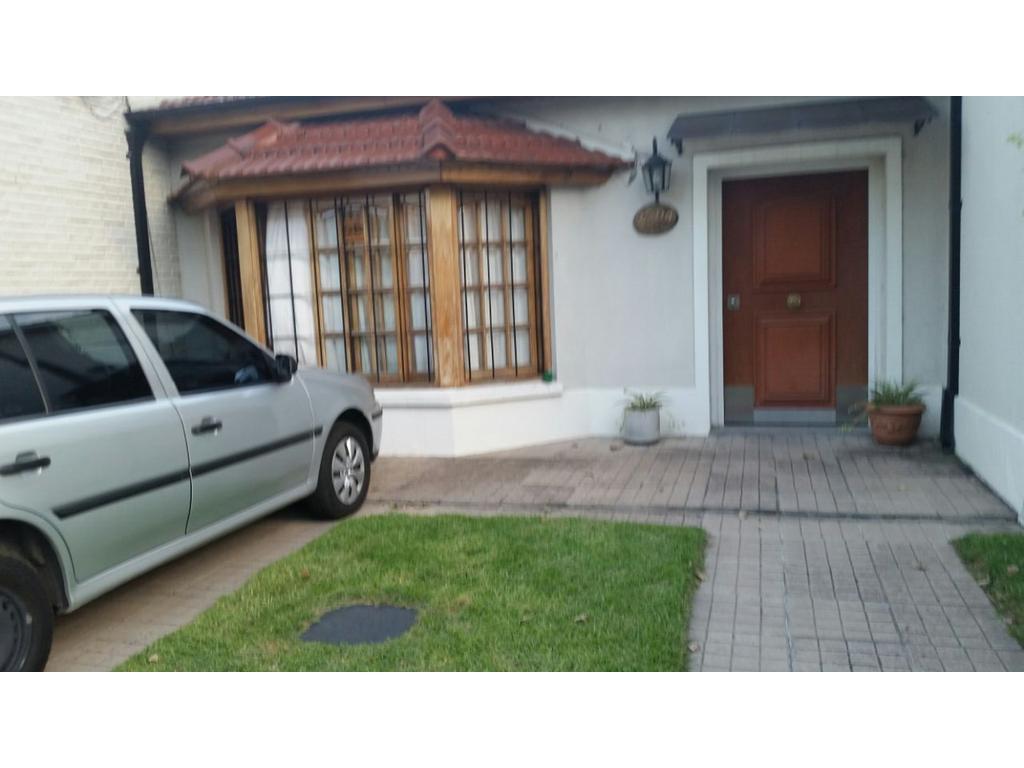 Casa en venta en av dr r balbin 2594 ciudad jardin del for Casas en ciudad jardin el palomar