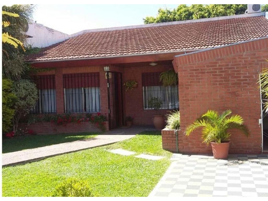 Casa en venta en o 39 donnell 4100 villa ballester for Jardin belen villa ballester
