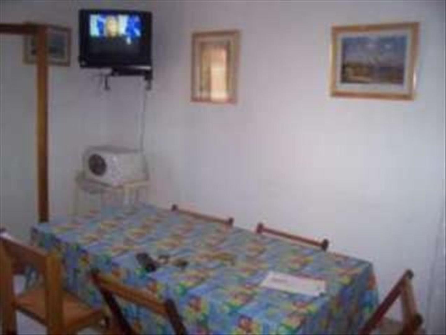 085-Departamento  1 Dormitorios -DISPONIBLE   - -COCHE CUBIERTA