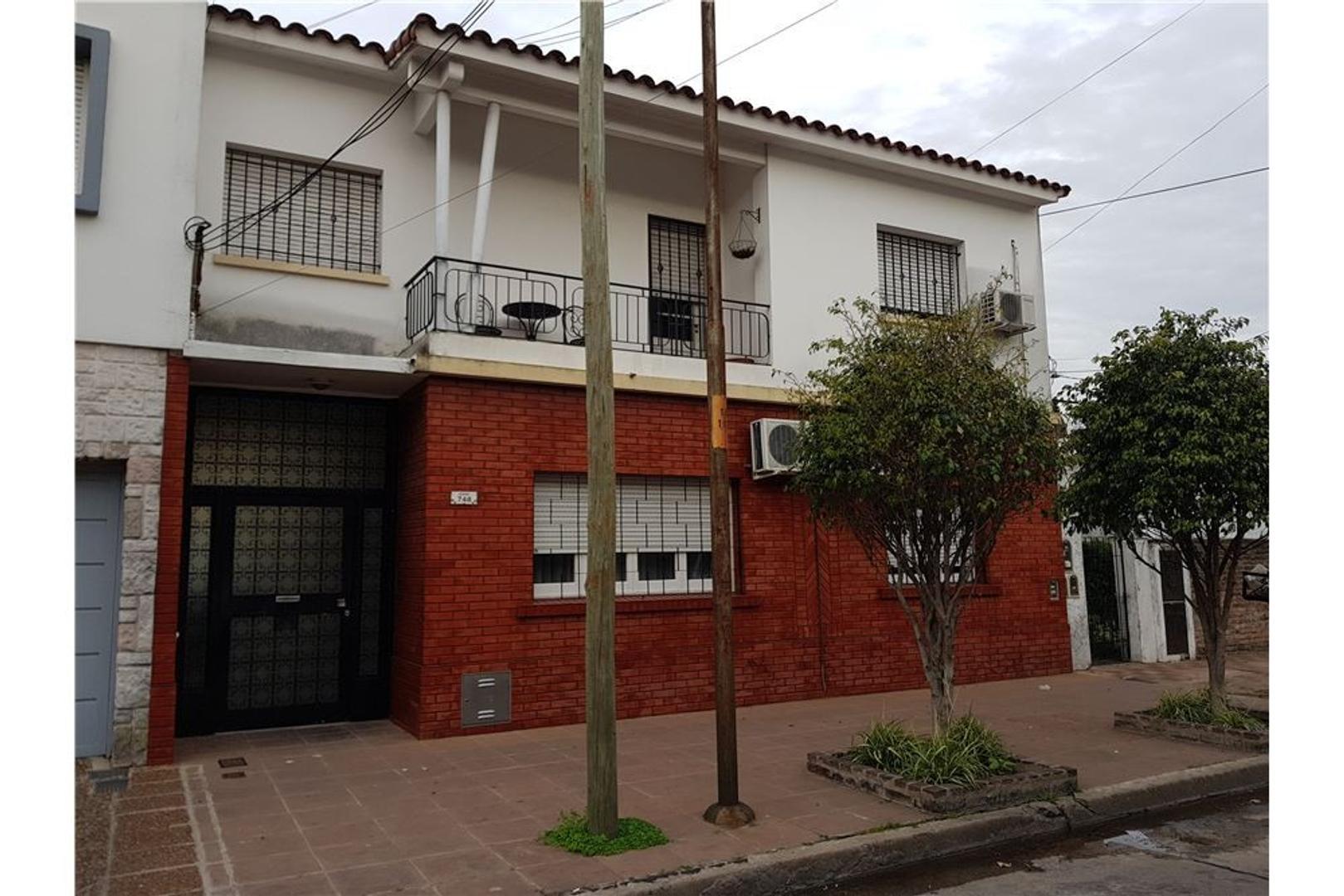 PH 3 amb,82 m2, centro Ramos Mejia, Apto cred.