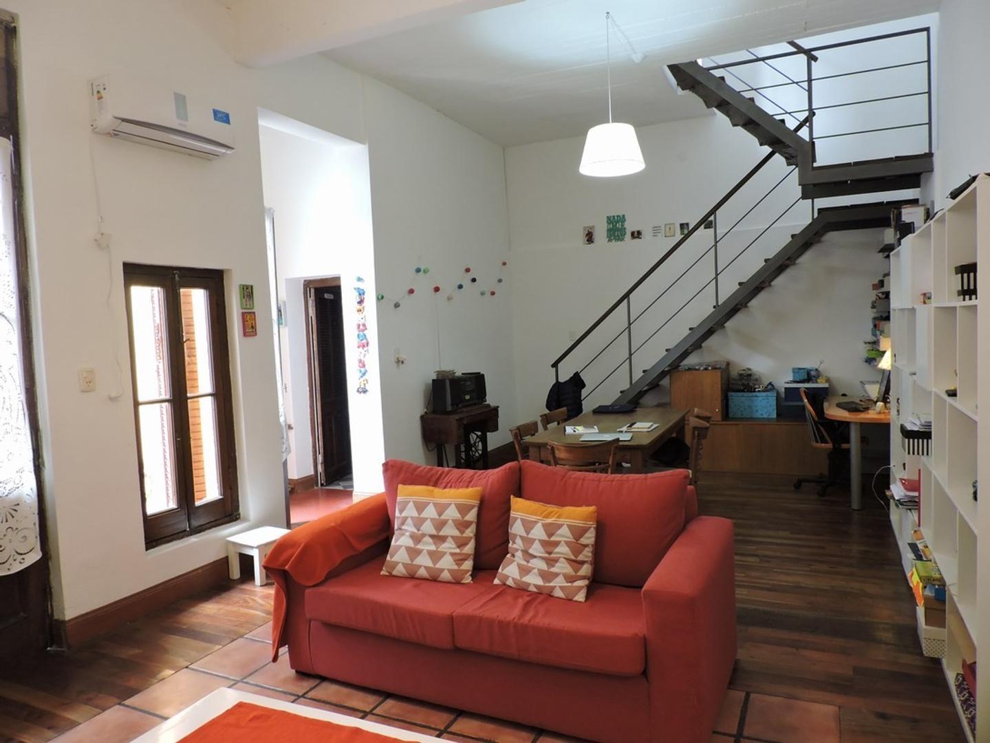 XINTEL(BRV-BRV-54) Excelente, cómodo y amplio PH, Ubicado en Palermo