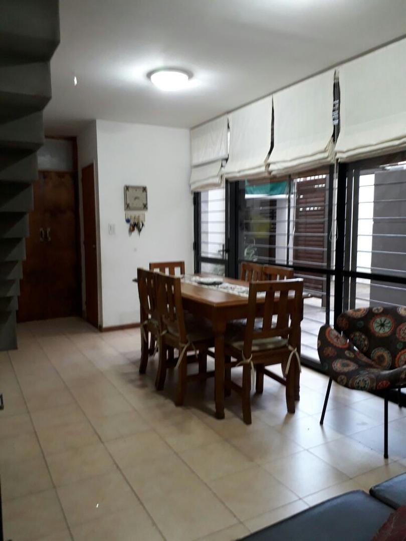 C & P Inmobiliaria vende: excelente duplex, 90 m2, dos dormitorios, APTO CREDITO