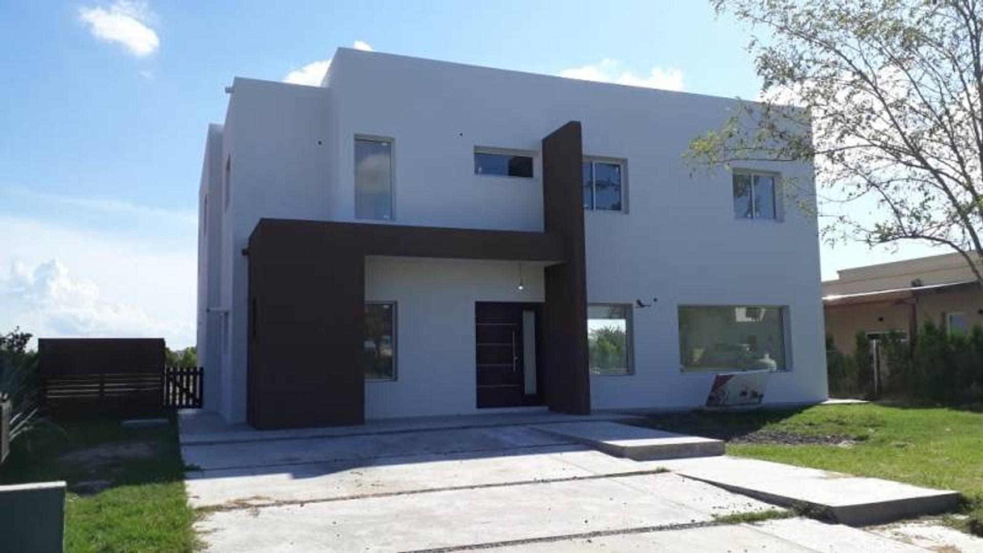 Casa en Venta en El Cantón - Barrio Islas