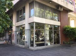 Local 2 plantas, Olavarria y San Martín Quilmes centro