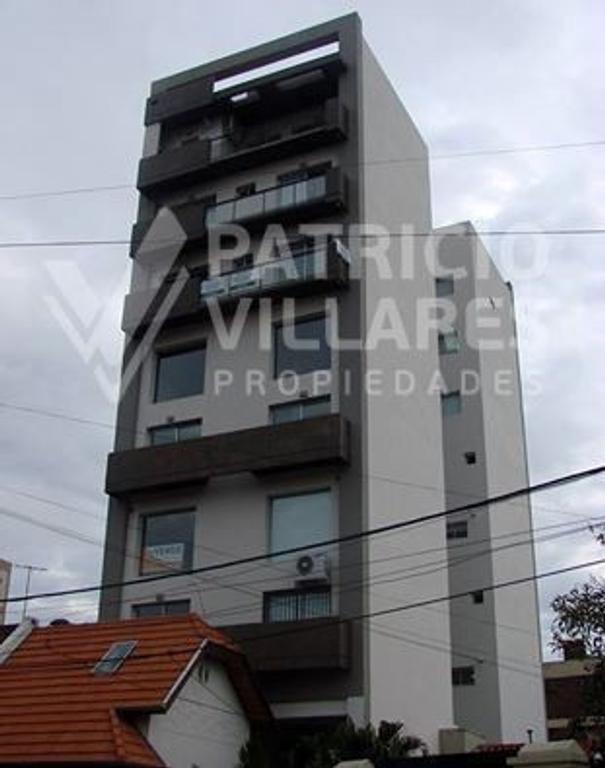 EXCELENTE DEPARTAMENTO 4 AMBIENTES DE 130 M2 con terraza de 80 m2
