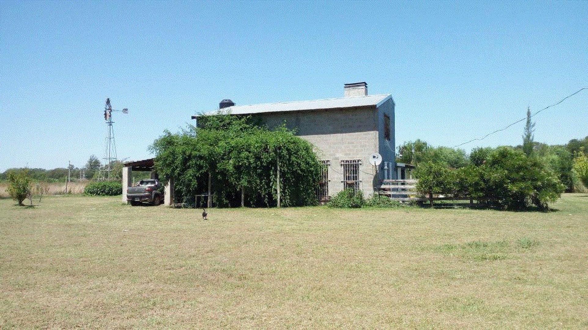 DUEÑA vende casa quinta-campo en 1,2 hectareas muy buen estado