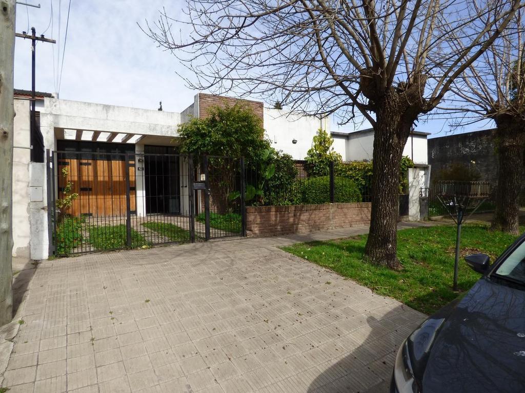Casa en venta en La Plata Calle 133 47 y 49 Dacal Bienes Raices
