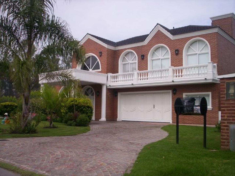 Casa  en Alquiler ubicado en Campos de Alvarez, Zona Oeste - OES0027_LP164220_1