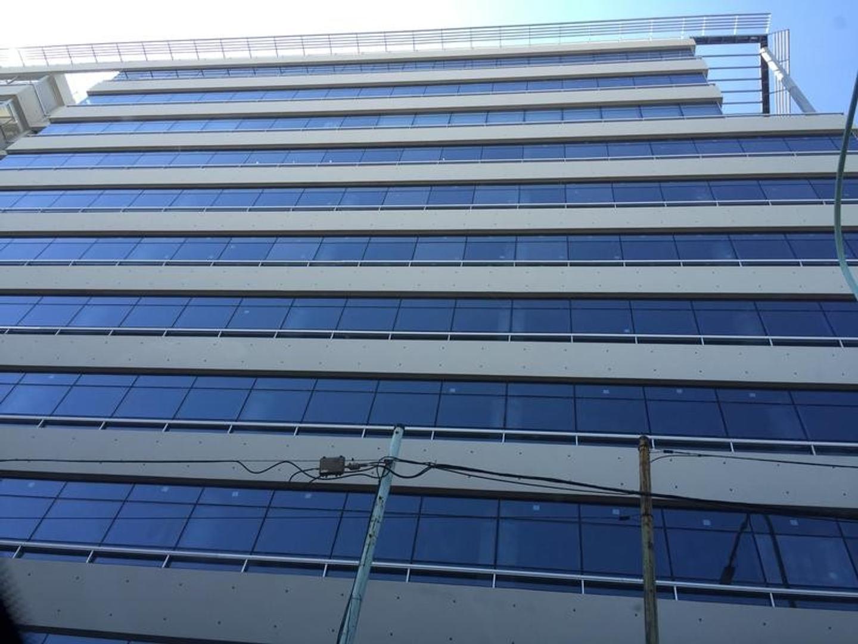 Alquiler o venta: Oficina premium 50m2   patio/terraza 45m2 Seguridad 24 horas