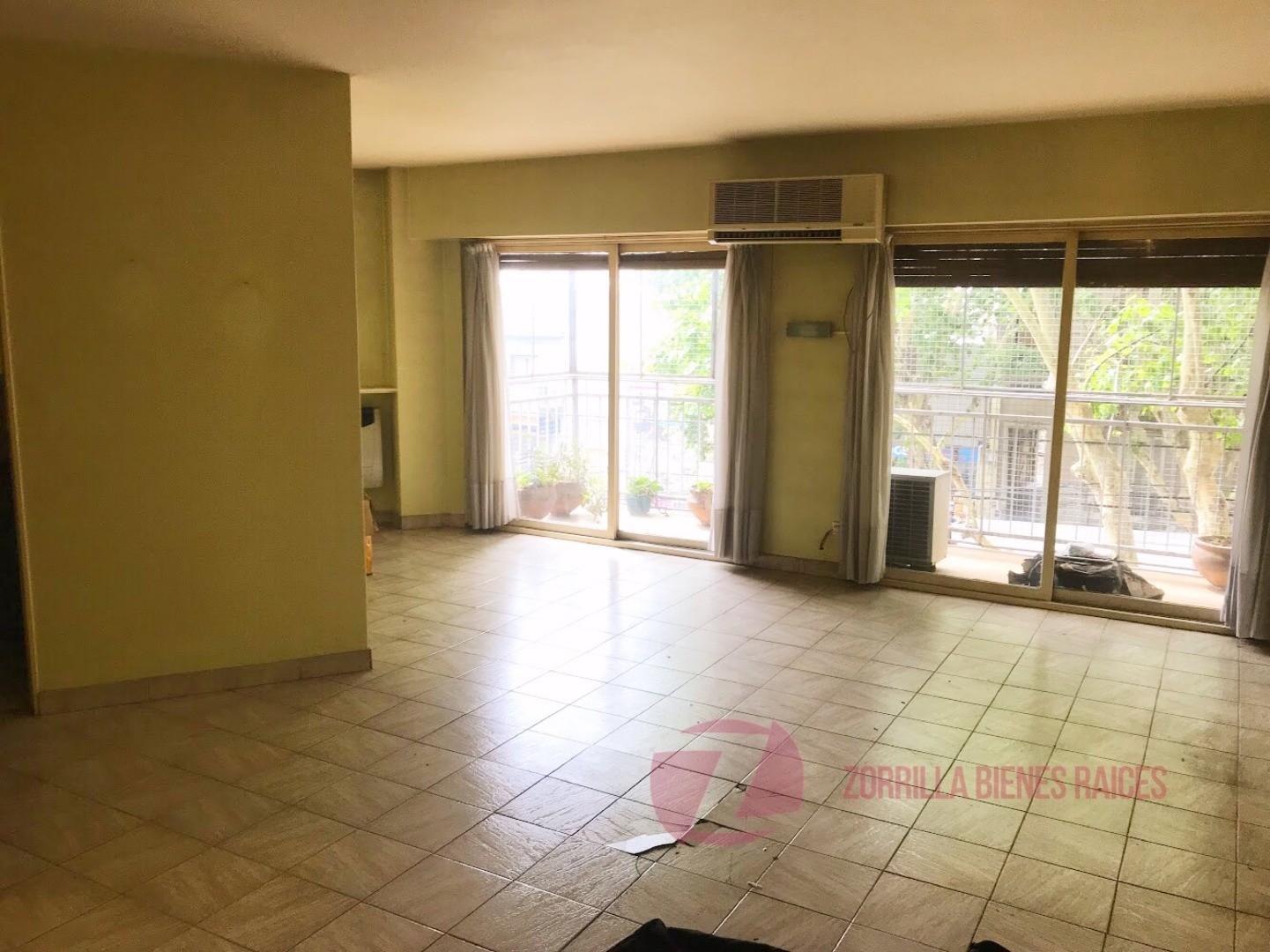 Departamento en Venta en Villa Urquiza - 5 ambientes