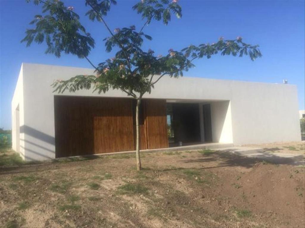Casa en Venta de 5 ambientes en Buenos Aires, Pdo. de Escobar, Countries y Barrios Cerrados Escobar, San Matias