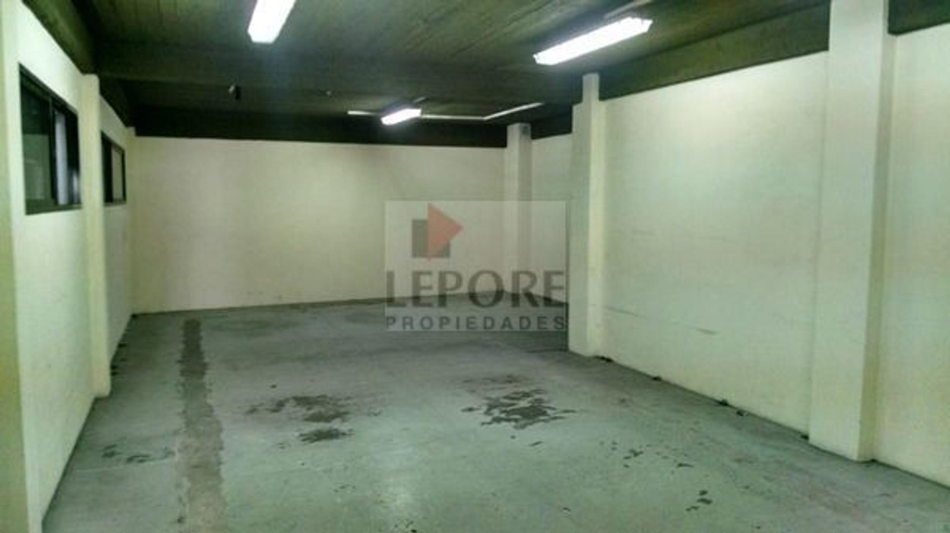 Oficina - 549,07 m² | 5 baños | 5 años