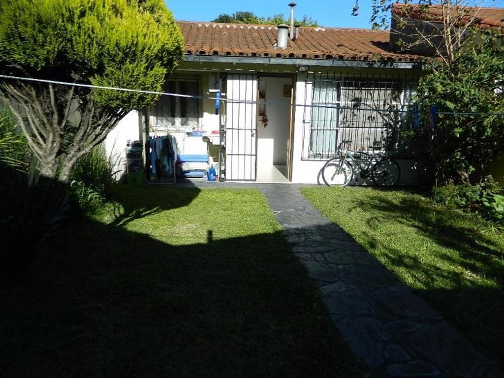 Casa en venta en aviador behrens 6900 ciudad jardin del for Alquileres en ciudad jardin el palomar