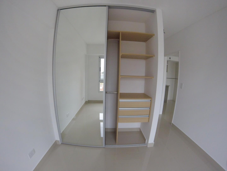 Departamento de 2 ambientes 62 m2 + Cochera opcional / Apto PROFESIONAL /  Vea VIDEO - Foto 16