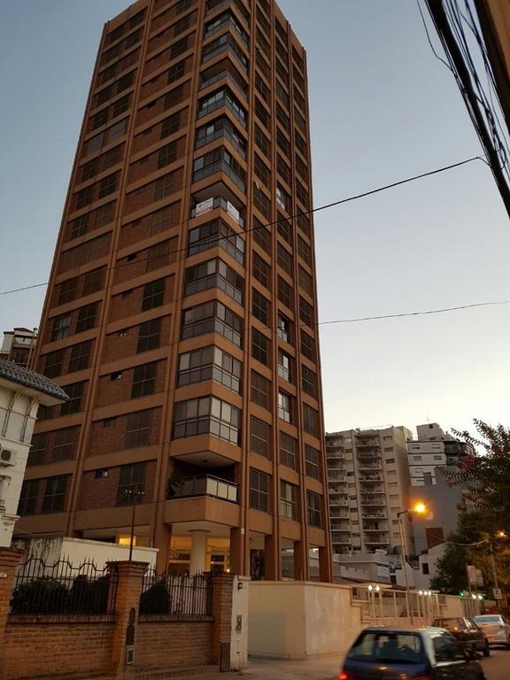 Vendo excelente piso 15 en bernal con la mejor vista!