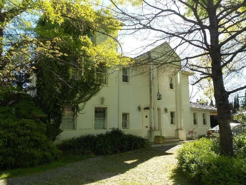 Hermosa casa en el Bº PRIVADO VILLA ROSA